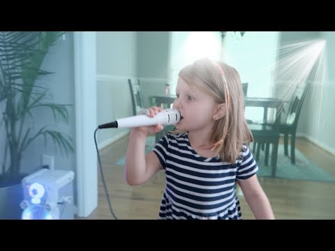 3 YEAR OLD TRIES KARAOKE FOR THE FIRST TIME!