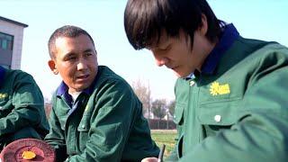 GLOBALink | Xinjiang, My home: Uygur man sows seeds of hope