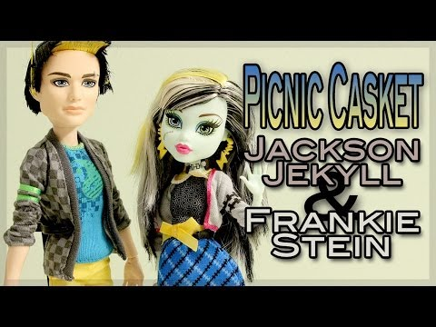 Monster High : Picnic Casket - Jackson Jekyll & Frankie Stein Review
