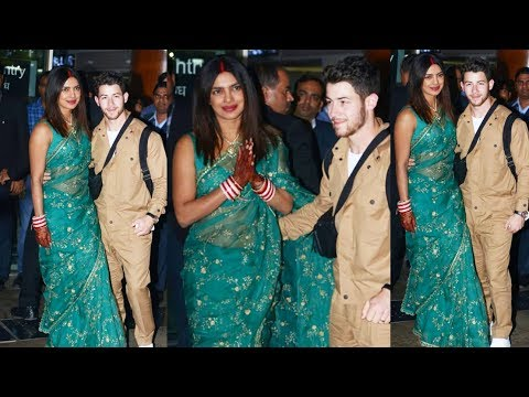 Priyanka Chopra Looks So Happy After Marriage With Nick Jonas As Snapped At Delhi Airport