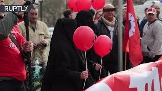 В немецком Галле протестующие встретили канцлера Германии криками «Хайль Меркель»