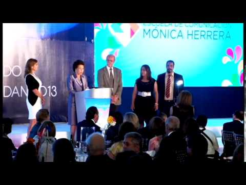 Premio a FUNDEMAC por Escuela de Comunicaciones Mónica Herrera (2013)