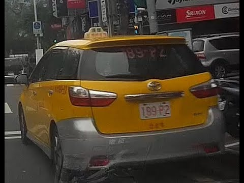 計程車189-P2號路口紅線違規停車