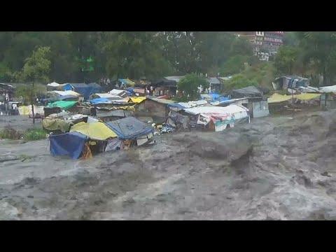 فيضانات تجتاح منطقة كولو شمالي الهند  - نشر قبل 3 ساعة