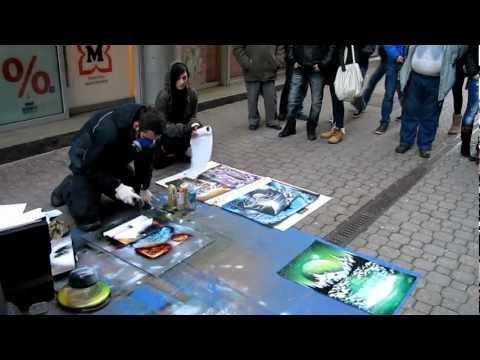Budapest street spray paint art (Vaci utca)