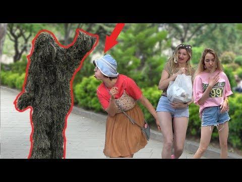 BUSHMAN SCARE PRANK 2019 🍀 THE BEST REACTIONS EVER - Пранк: Живой куст