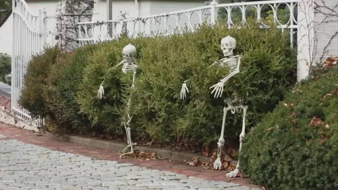 5 outdoor halloween decorations ideas youtube - Outside Halloween Decoration Ideas