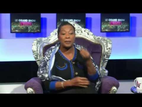 Emission Le Grand Show sur la chaîne Non Stop People avec Babette de Rozières