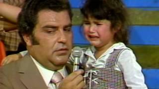 ¡Esta niña llora por una muñeca! | Sábado Gigante