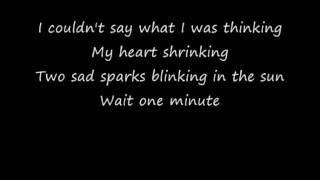 Wild Cub - Thunder Clatter lyrics on screen