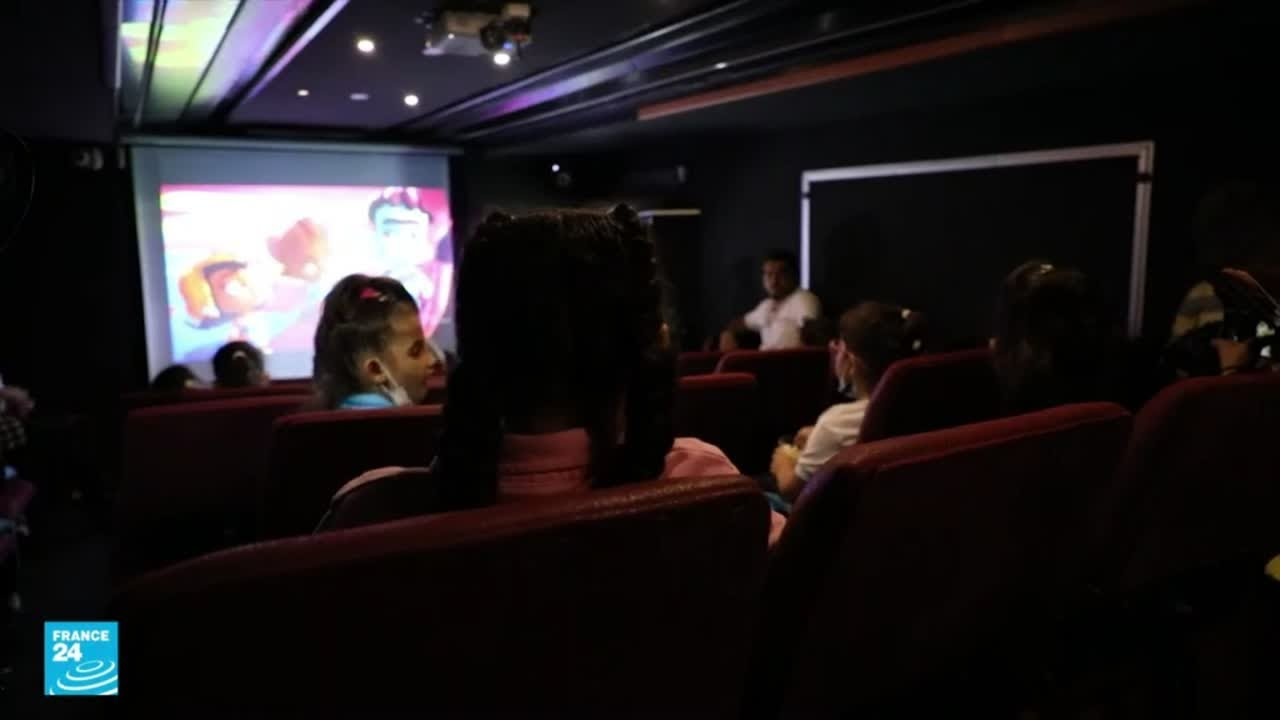 باص السينما …مبادرة ثقافية و ترفيهية لصالح أطفال غزة  - 18:56-2021 / 9 / 13