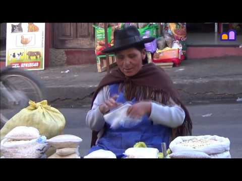 Bolivia - Daily farmers market in Sucre