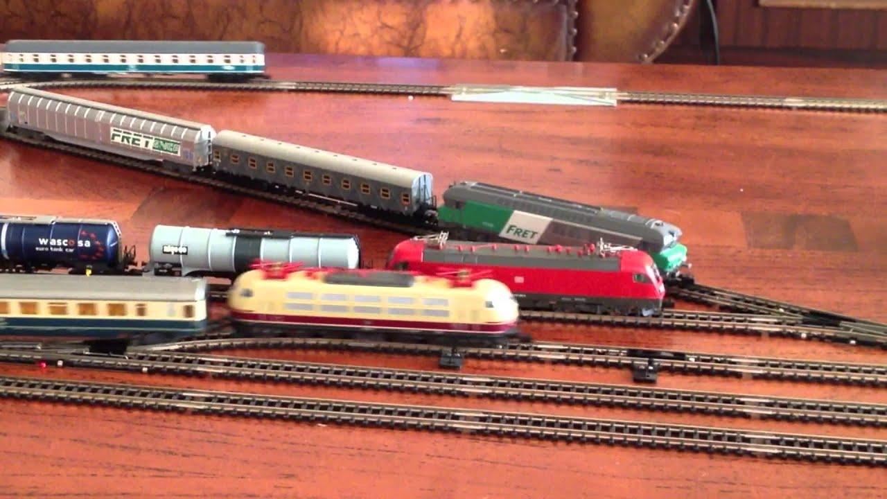 coffee table N gauge model train