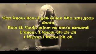 Dove Cameron and Ryan Mccartan- Glowing in the dark (lyric) Vídeo Oficial