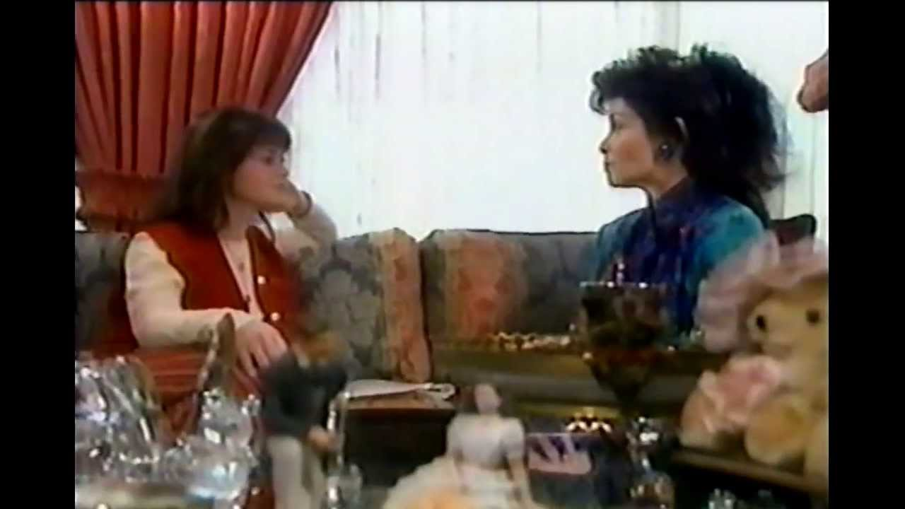 MMC - Lindsey Alley Interviews Annette Funicello (1993 ... Britney Spears Obituary