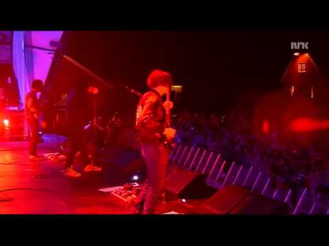 The Strokes - Meet Me In The Bathroom (Live at Hove)