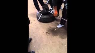 Как японцы шины отправляли. Часть 1(Это шедееевр!!!, 2014-12-16T00:16:29.000Z)