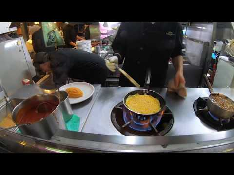 | Awesome Cooking Demo of Fluffy Japanese Omelette Rice