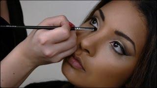 Maquillage peau black et métisse, le smoky et la feuille d