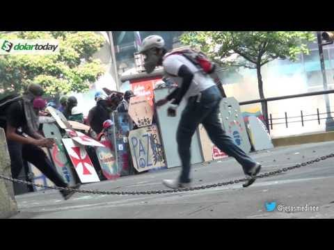 9:05 Minutos de intensa batalla brutal en Venezuela