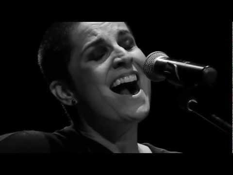 Isabella Taviani - Argumento Ineficaz - Teatro Municipal de Niterói - 15.09.2012