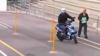 Examen permiso ciclomotor AM (Autoescuela Corsa)