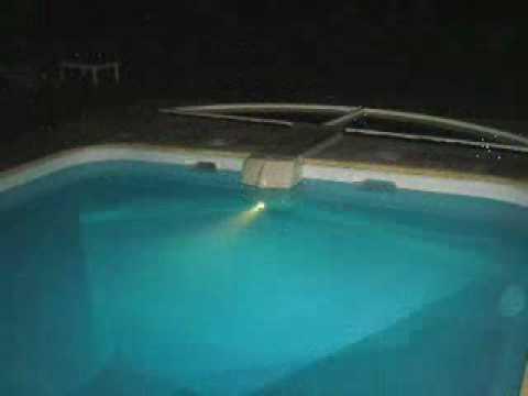 Piscine marinapool monobloc de filtration piscines youtube for Piscine monobloc
