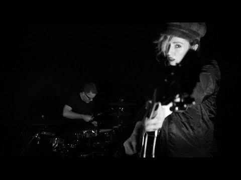 The Ting Tings - Estranged (Official Video)