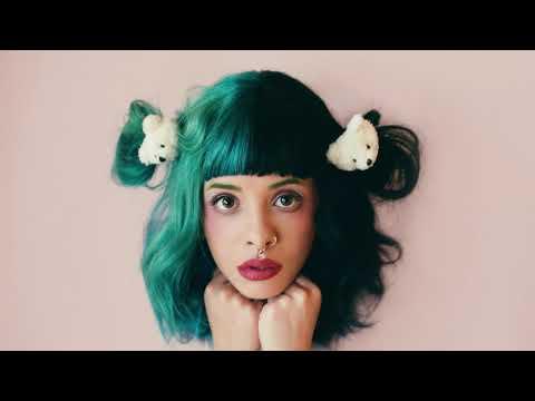 Melanie Martinez - Piggyback [LYRICS]