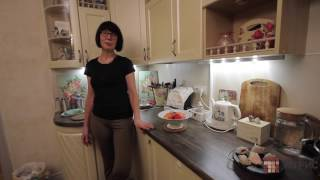 Кухня на заказ в стиле прованс - отзыв клиента Мебельной Компании Тетрис(Заказать такую же кухню в Санкт-Петербурге: (812) 642-17-78. http://t-kitchen.ru - кухни на заказ в Санкт-Петербурге http://t-shkaf.r..., 2016-12-12T11:14:27.000Z)