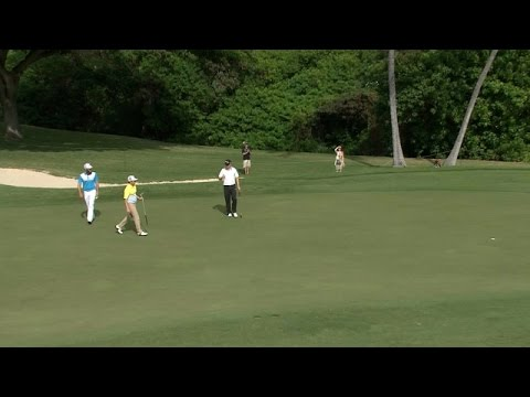 Zac Blair pours in 48-foot birdie putt at Sony Open