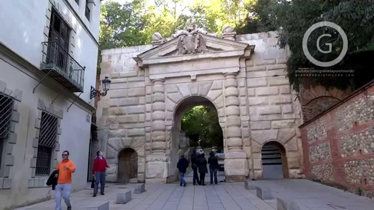 Granada Centro Puerta De Las Granadas En Cuesta De