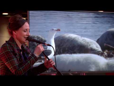 Wildscreen Scotland: Julie Fowlis performs An Ron/Ann an Caolas Ododrum