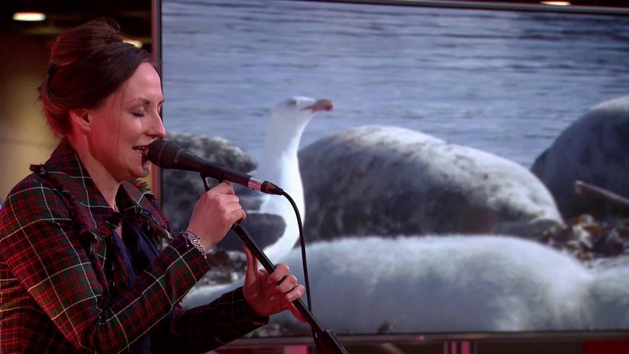 Wildscreen Scotland: Julie Fowlis performs An Ron/Ann an Caolas Ododrum