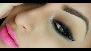 Smokey Cat Eyeliner  and Pink Lips Thumbnail