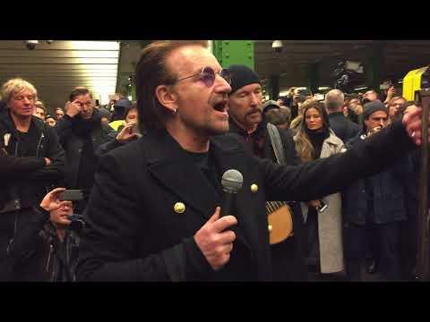 """U2: Live in der Berliner U-Bahnlinie U2: """"One"""" – Bono überrascht die Fahrgäste"""