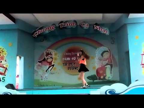 [28/04/2015] Hương đêm bay xa - Hari Won (Đầm Sen Park)