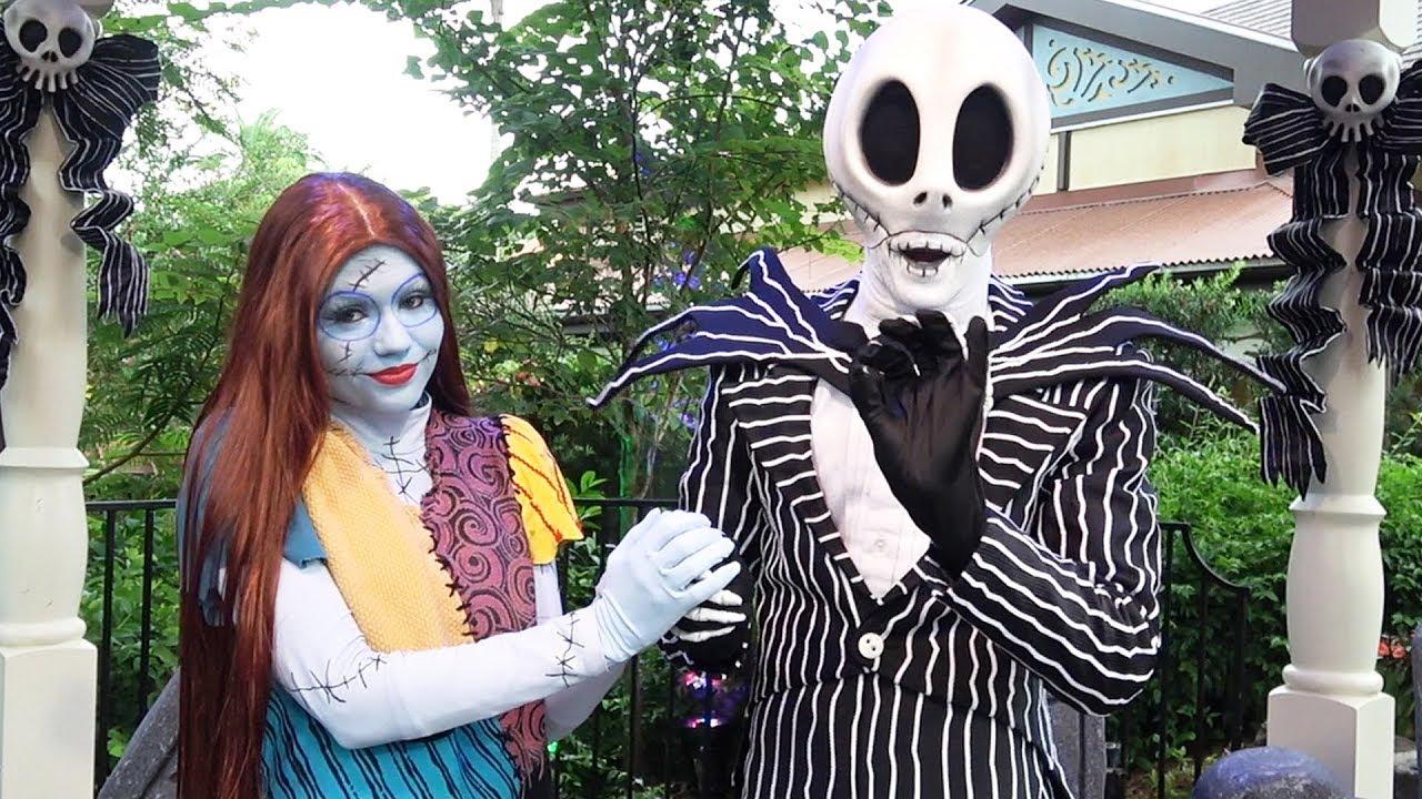 Halloween Jack Skellington Scary.Jack Skellington Sally Meet Greet At Mickey S Not So Scary Halloween Party 2017 Magic Kingdom
