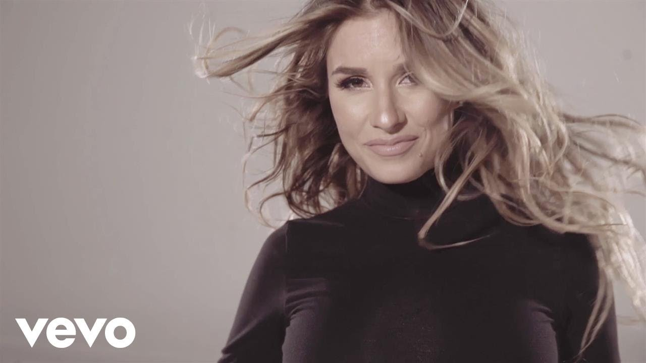 58678c88d6b077 Jessie James Decker - Flip My Hair - YouTube