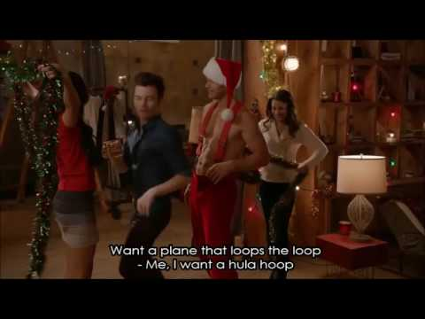 Glee - The Chipmunk Song (Christmas Don't Be Late) (Full Performance with Lyrics)