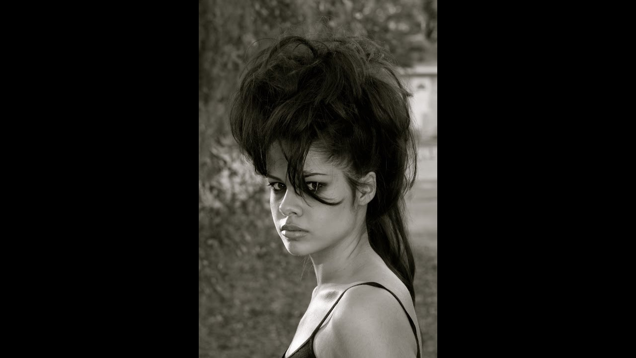 rock n roll haircuts rock and roll mohawk hairstyle for a med length hair 5153