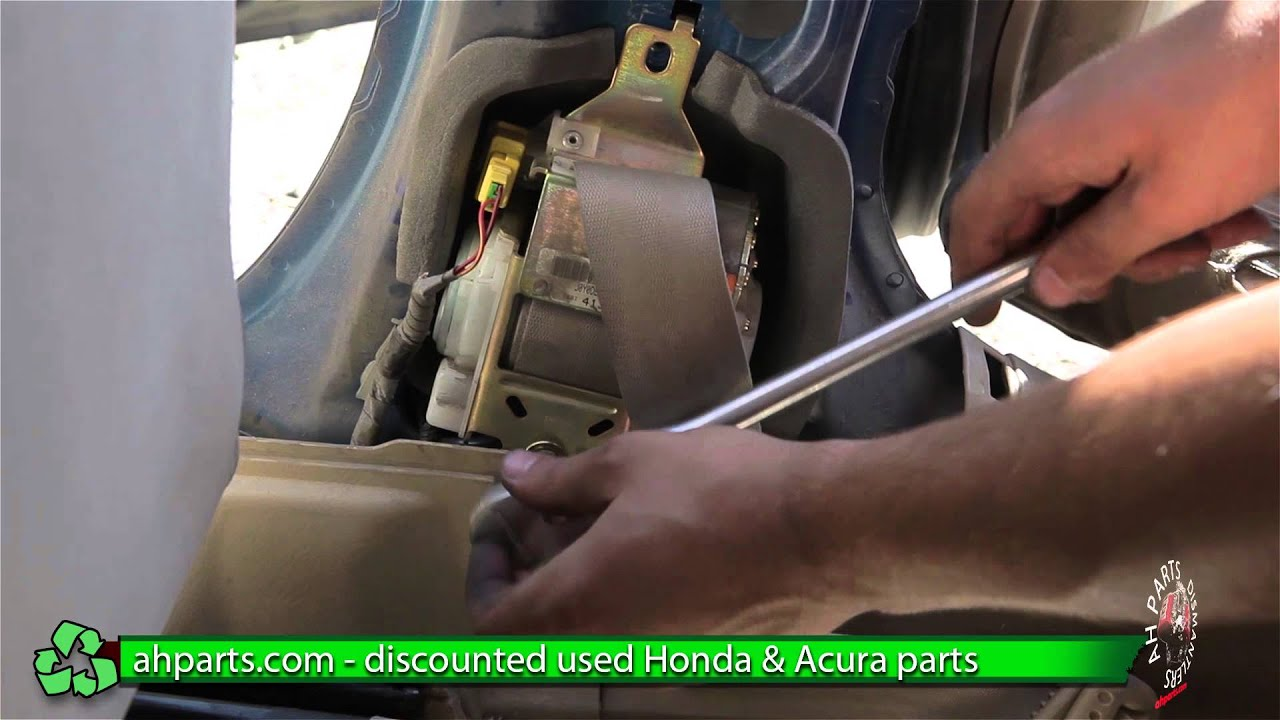 hight resolution of how to replace change a seat belt for a 2001 2002 2003 2004 2005 honda civic replace diy