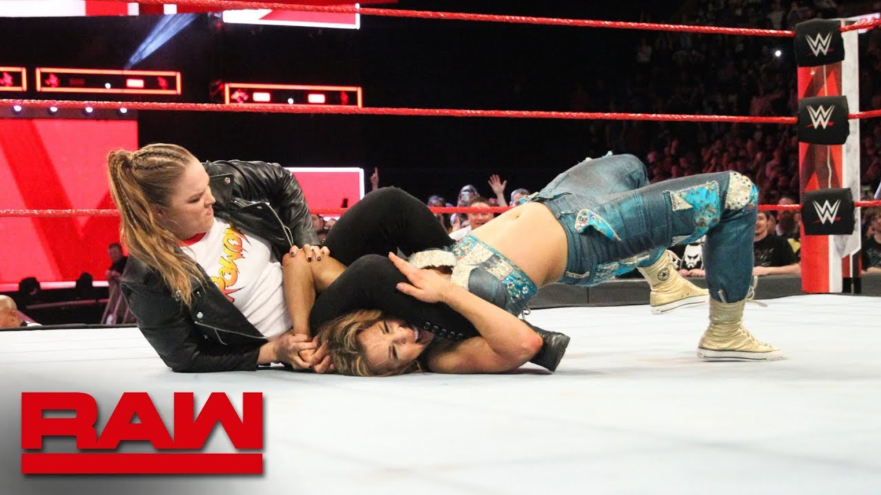 WWE Monday Night RAW Results - Ronda Rousey Main Events, Roman Reigns & Seth Rollins Team Up, More