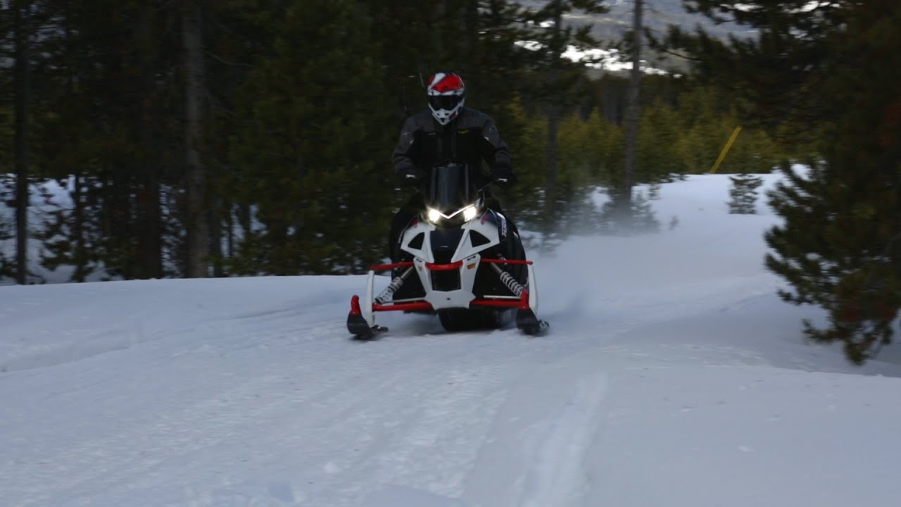 PDU snowmobile: review, specifications and reviews 3