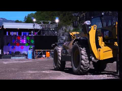 Cat® Rental Store Solutions for Stage Assembling