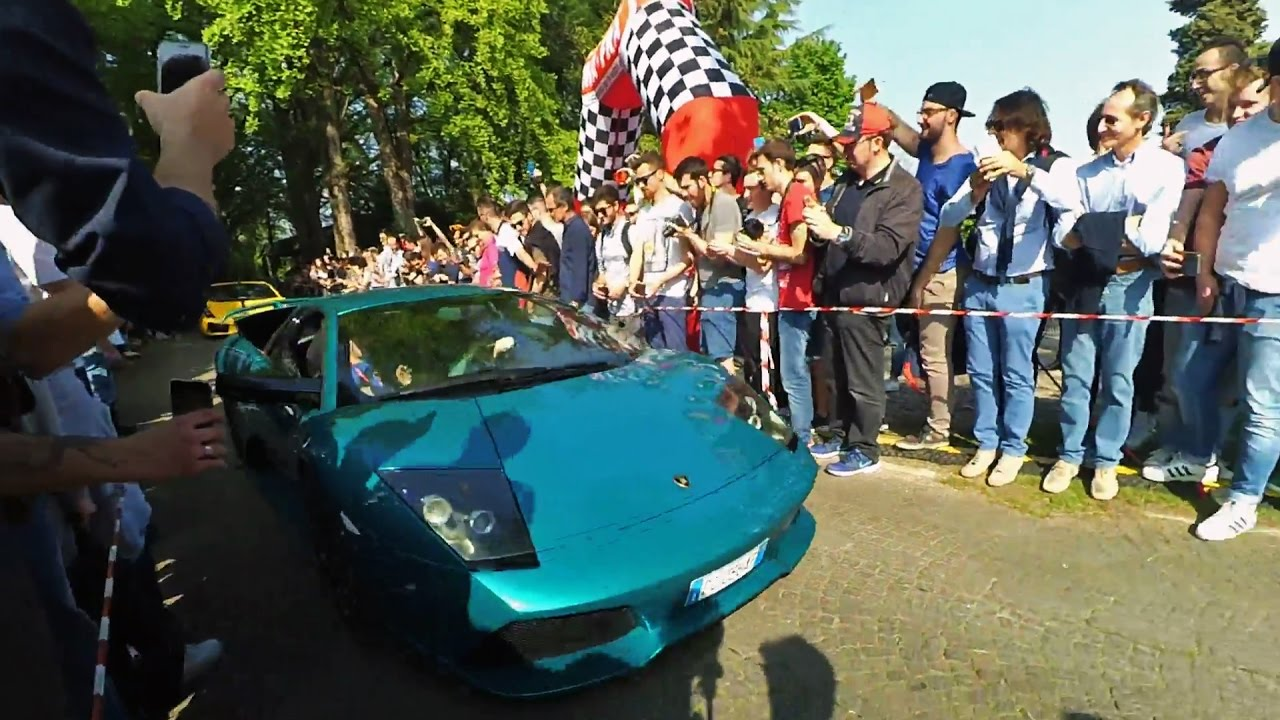 Lamborghini Murcielago 40th Anniversary vs Nissan GTR @ Cars & Coffee Brescia 2017