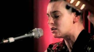 Baixar Sinead O'Connor - I Don't Know How To Love Him