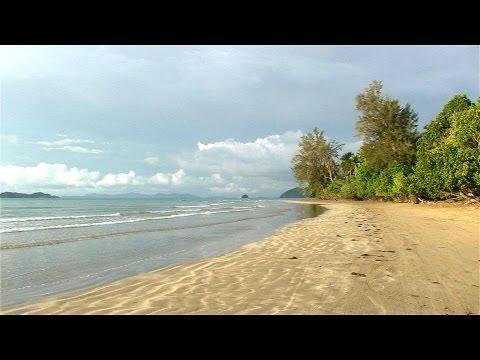 "Malaysia / Borneo-Sabah ""Beringgis Beach Resort"""