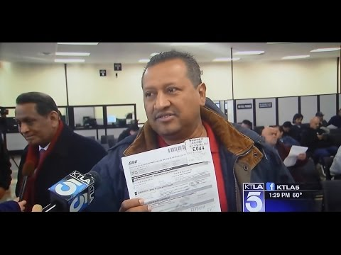 ILLEGAL IMMIGRANT DEMOCRAT VOTERS IN CALIFORNIA LINE UP TO GET DRIVER'S LICENSES.