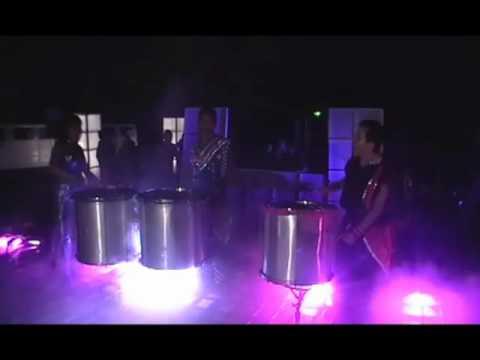 To o emperatriz y alex tambores de agua youtube for Tambores para agua